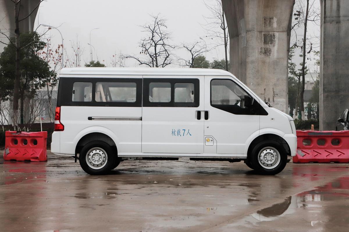 深圳客货两用物流纯电动运输车