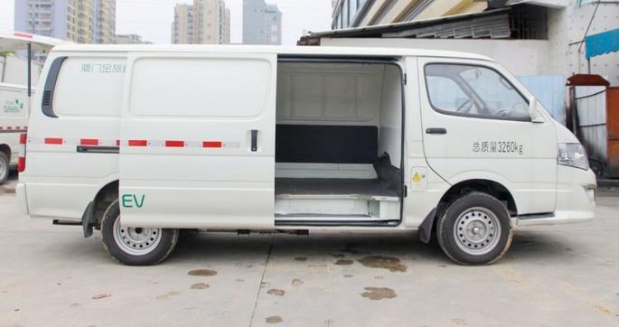 金旅海狮成就用户高效货运 深圳牌货车